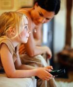 Как правильно смотреть с ребенком мультфильмы?